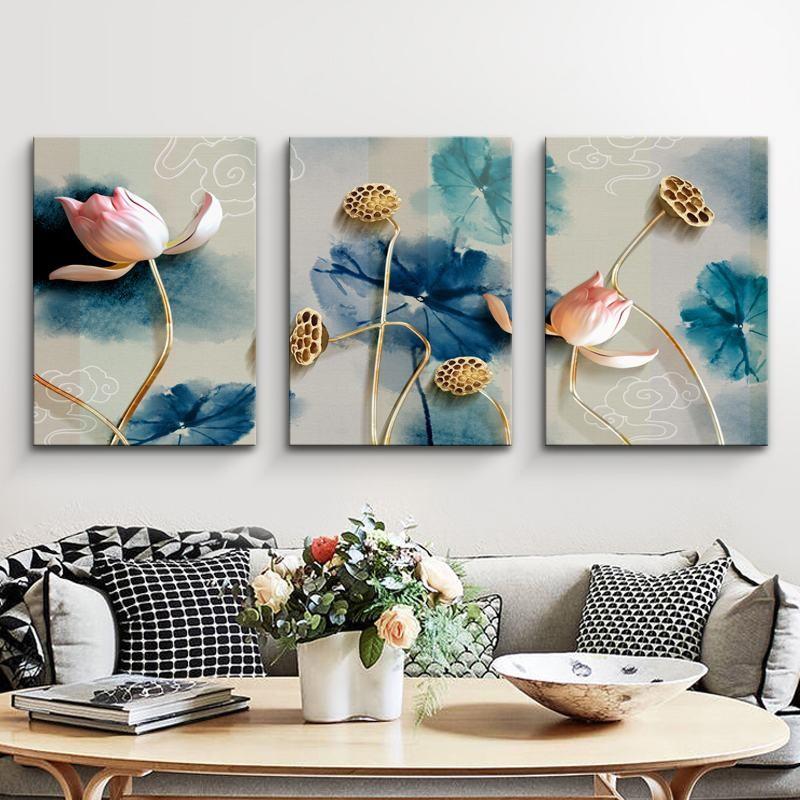 tranh hoa sen phong khach 135
